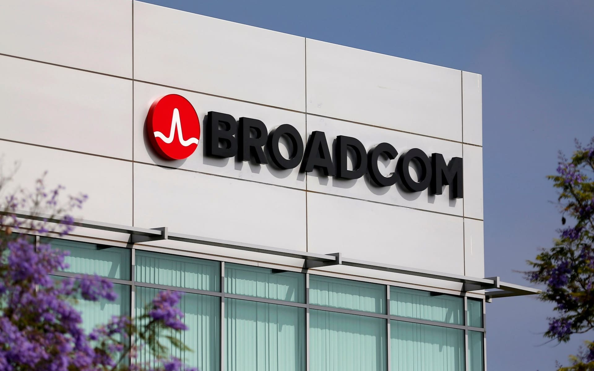 Biggest tech takeover in history: Broadcom makes $130bn offer for Qualcomm